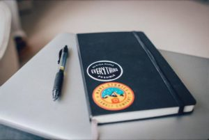 手帳とペン
